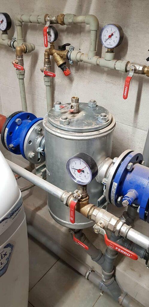 Element nowej kotłowni gazowej w szkole w Wilczycach