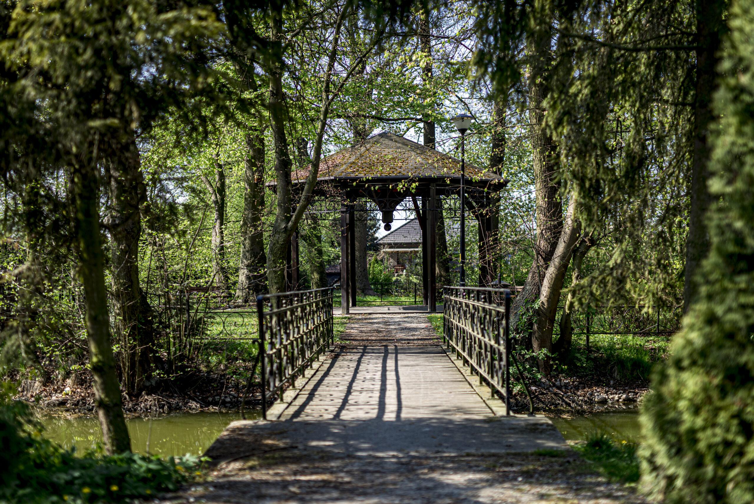 Park Podworski w Godzieszowej
