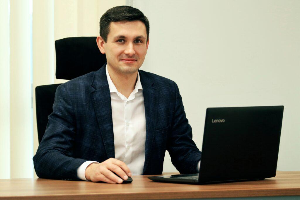 Sekretarz Gminy Mieczysław Szynkarowski